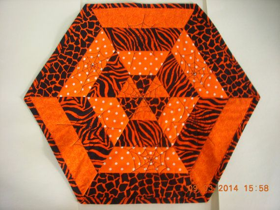 SALE ONLY $10!!! Handmade Quilted Halloween Table Mat Orange by LoveToSewBags                                                                                                                                                     Mehr