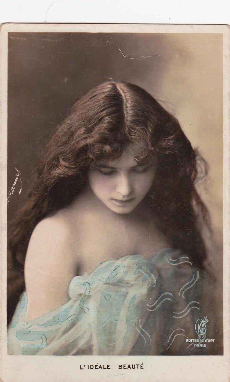 early 1900sBeautiful Edwardian LadyMoulin by decorables