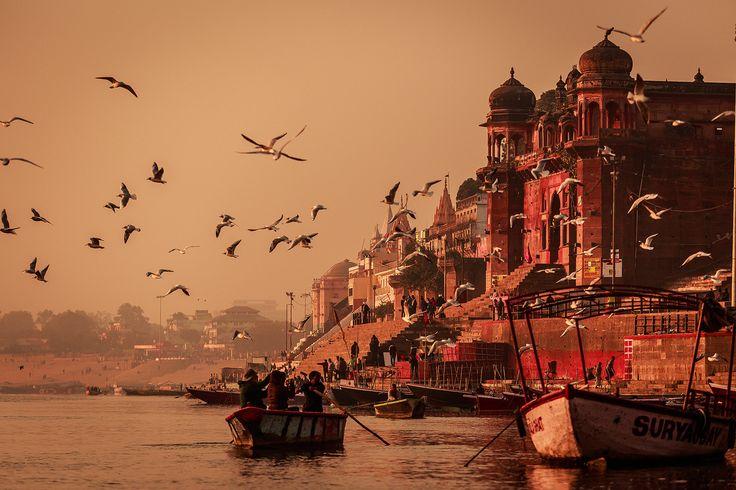 Varanasi Glow - Varanasi, Uttar Pradesh, India.  <a…