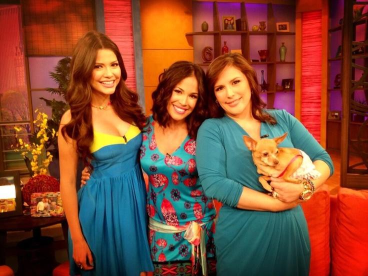 La Guapa Angelica Vale y Ana Patricia y Karla Martinez en Despierta America