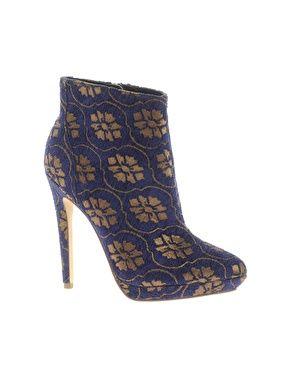 AUDREY Platform Point Ankle Boots