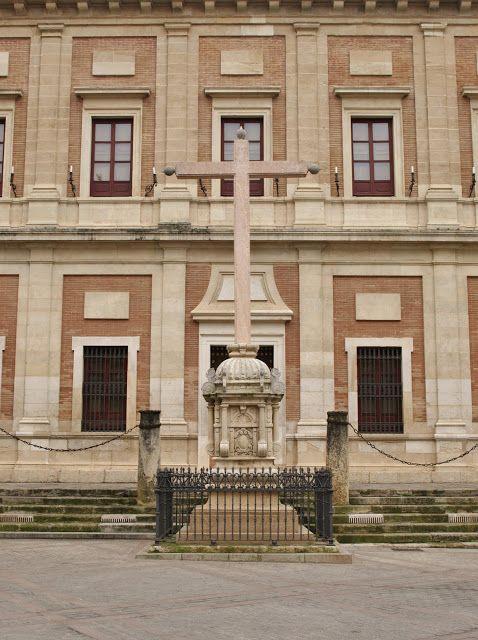 Sevilla Daily Photo: La Cruz del Juramento.