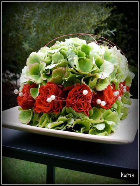 Bloemsierkunst met rozen en hortensia - bloemstukjes zelf maken met rozen en hortensia uit de tuin