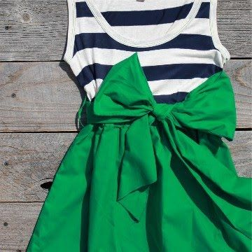 Kelly Green + Navy + White looks great together, but not this bow skirt- maybe some cute shorts.