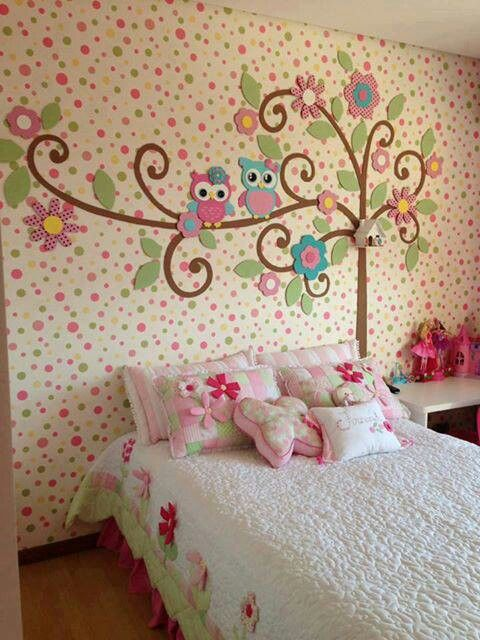 Pared decorada con buhitos para el cuarto de la ni a for Murales infantiles nina