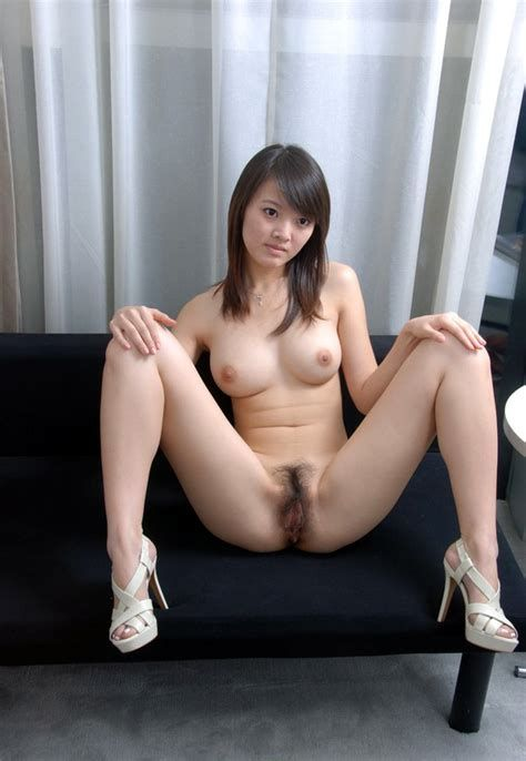 голые японки раздвигают ноги