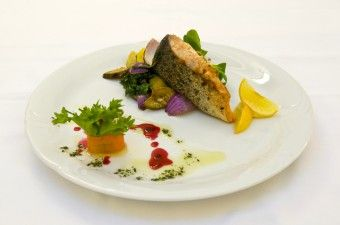 DK AKORD | Restaurace | Gastronomické služby | Pracovní obědy
