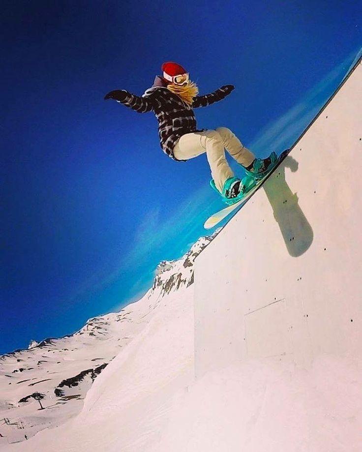 Formigal es el mayor destino de esquí en España y la gran referencia para los amantes de los deportes de invierno  #puravida #terrainpark #formigal #casabiescas #nieve
