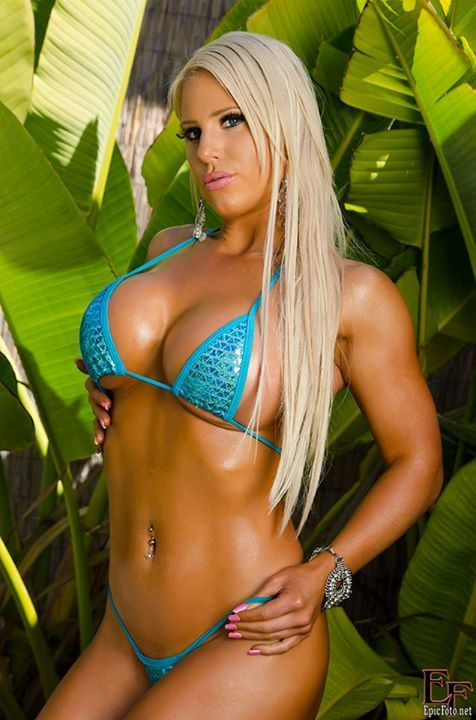 Dani andrews and megan avalon muscle lesbians - 1 5