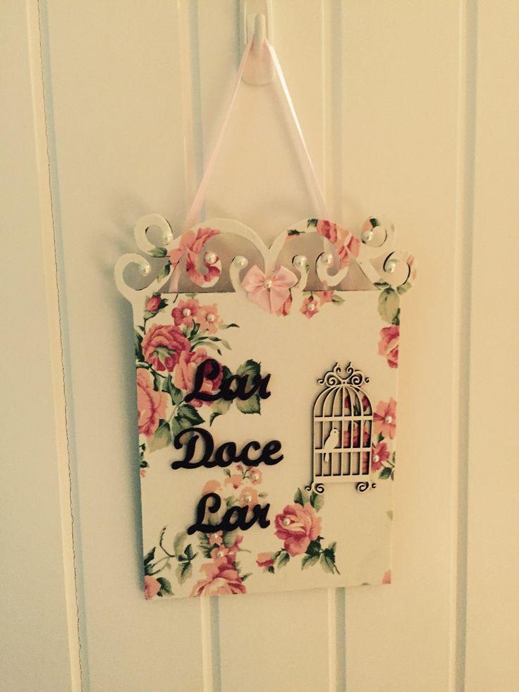 Placa decorstiva de porta para enfeitar e receber com beleza e delicadeza.