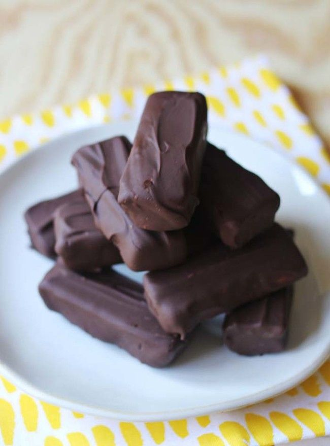 Homemade No-Bake Twix Bars