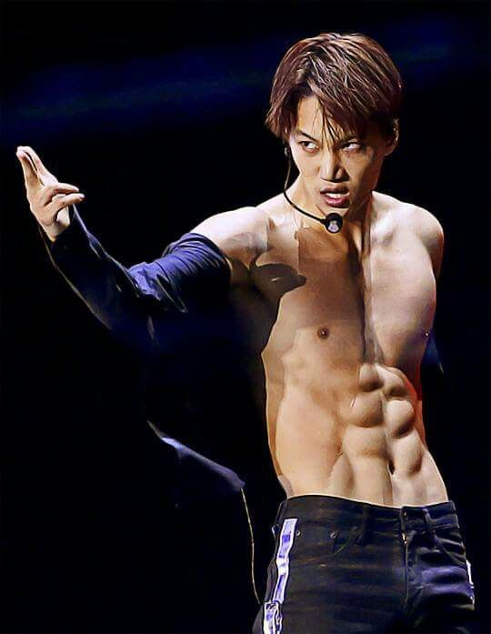 EXO Kai (Kim Jongin) K-Pop sexy abs shirtless body