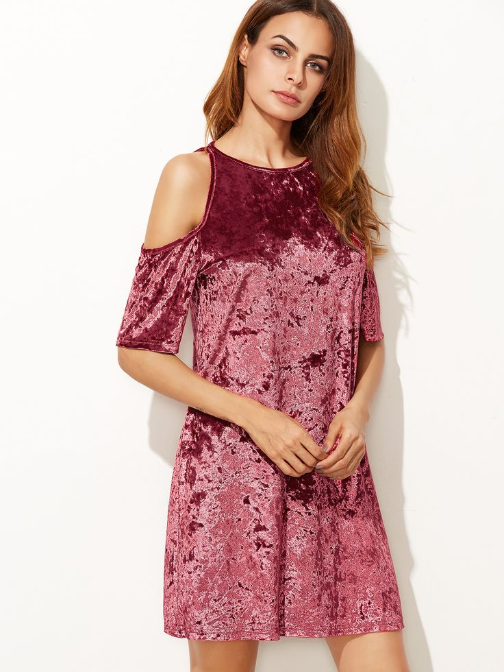 Burgundy Cold Shoulder Keyhole Back Crushed Velvet Dress — 0.00 € color: Burgundy size: L,M,S,XS