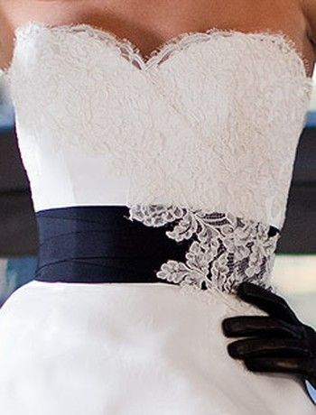 Bridal Gowns: Judd Waddell Princess/Ball Gown Wedding Dress with Sweetheart Neckline and Basque Waist Waistline