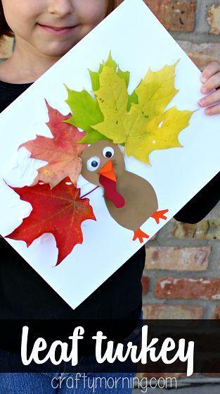 Leaf Turkey Craft #Fall and Thanksgiving craft for kids | CraftyMorning.com