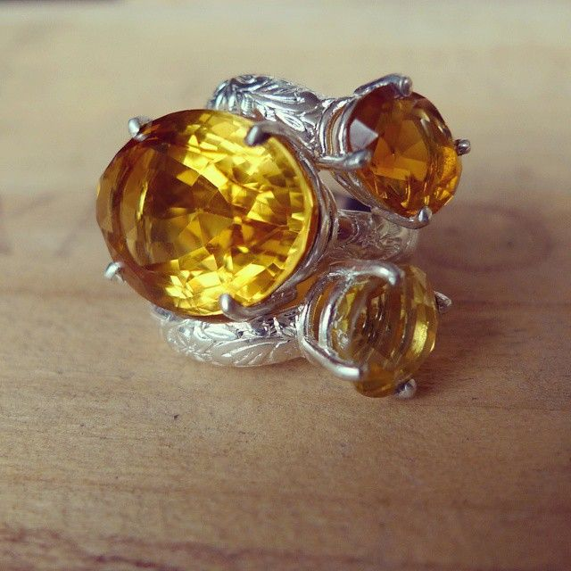 Just in time for November - We've got Citrine and Topaz Lost&Found Cocktail Rings! Rep your birthstone in style, Scorpio & Sagittarius!