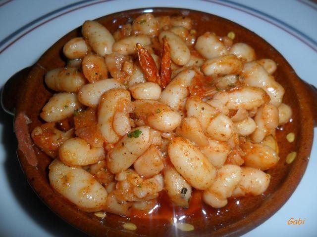 Porotos en chimichurri y pimentón dulce