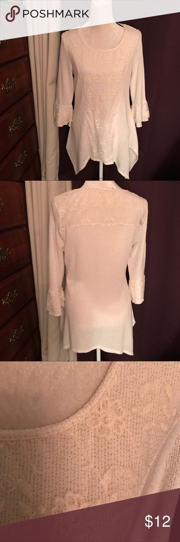 "Cream colored top Cream colored top, very cozy warm, has a lace panel overlay in the front, and lace at the back top. Unk name brand, it was purchased at Cracker Barrel gift shop. The neck tag was removed, but no damage🎀 It's been gently worn🎀 30"" long, size Medium  8-10. Tops Tunics"