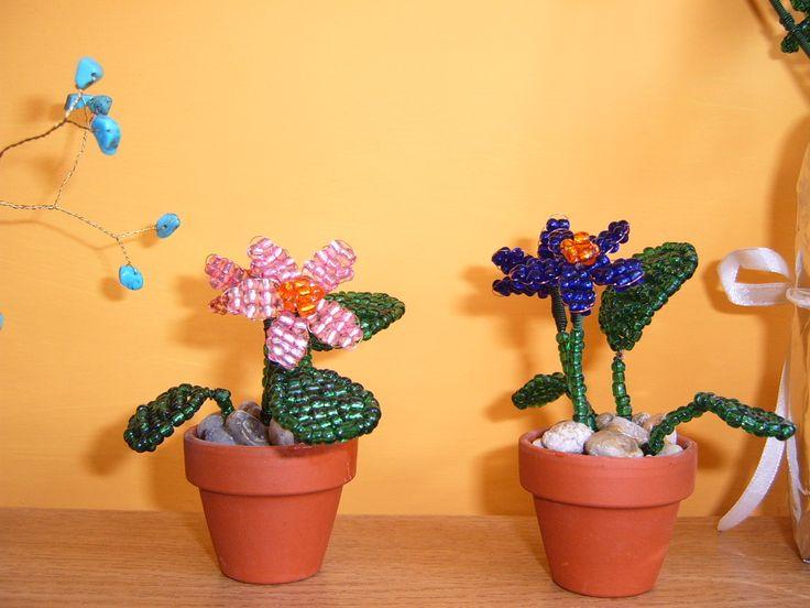 Gyöngyből kisvirágok
