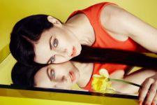 Миа Киршнер (Mia Kirshner) фото | ThePlace - фотографии знаменитостей