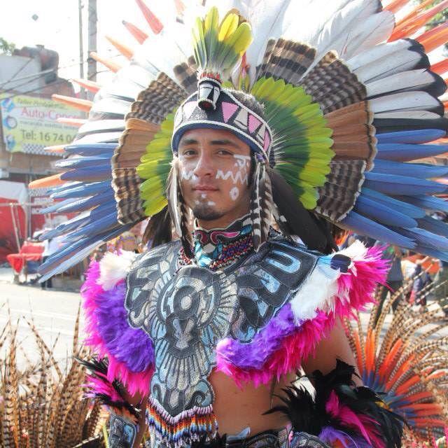 1000+ images about Arte Plumario on Pinterest | Mexico ... Indigenous Aztec Women