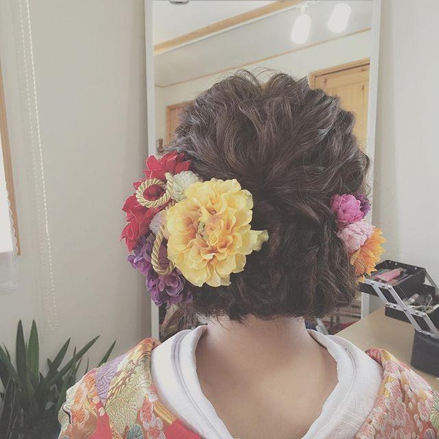 * 波ウエーブに下めの三つ編みアップ * * #ブライダル#ウエディング#ヘアスタイル#ヘアメイク#ブライダルヘアメイク#プレ花嫁#和装ヘア#色打掛#結婚式#前撮り#後楽園 #bridal#wedding#hairandmakeup