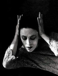 Величайшая танцовщица XX века Марта Грэм (Martha Graham). Фотограф: Imogen Cunningham 1931 для...