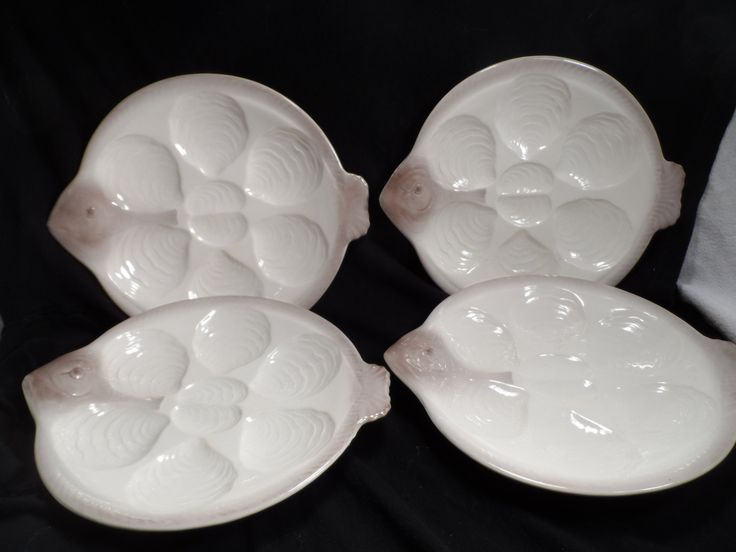 Oyster plates antique fish shaped oyster plates for Fish shaped plates