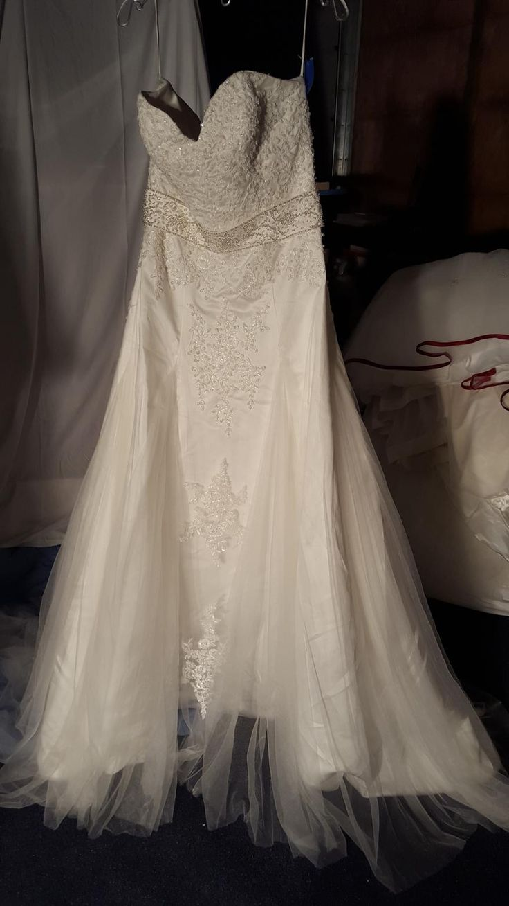 Wedding Used Wedding Dress 17 best ideas about used wedding dresses on pinterest buy dress vera wang and english country wedd