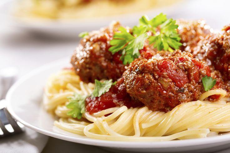 Espero que les guste esta receta de comida italiana y que disfruten en la mesa con este plato, deliciosa receta de espagueti con albóndigas.