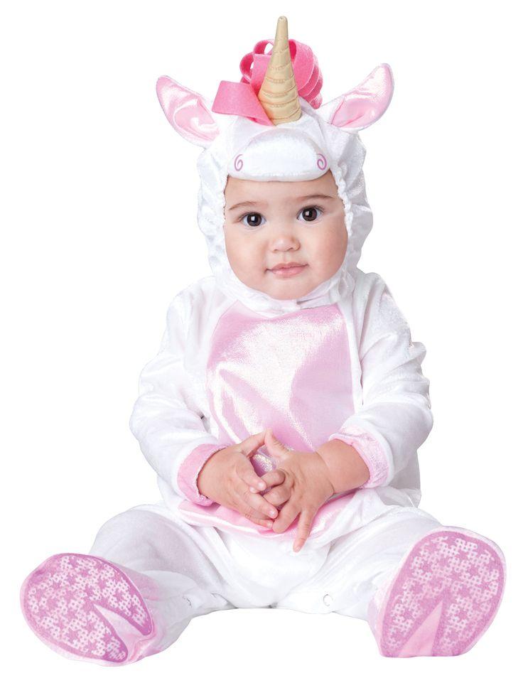 Costume unicorno per bebè - Classico: Questo costume da unicorno per neonato è composto da una tuta con cappuccio.La tuta morbida è bianca con la pancia e l'interno delle orecchie rose. Si chiude dietro la schiena con...