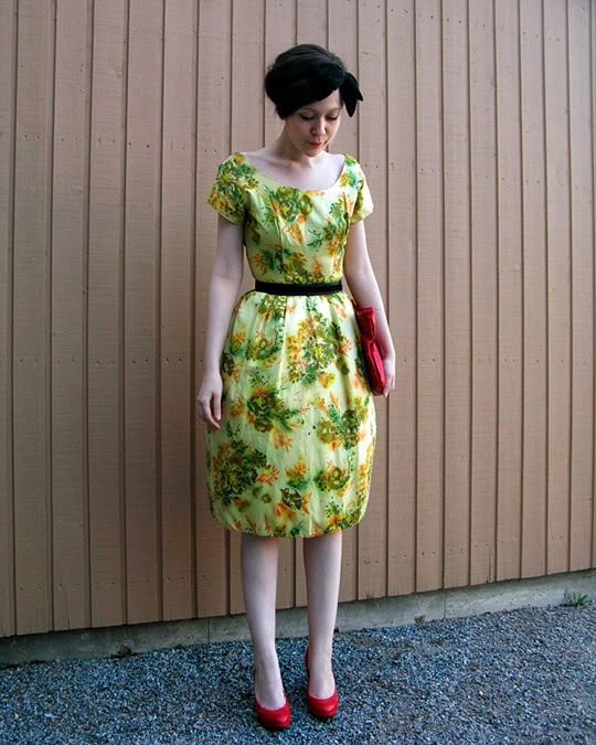 Lovely yellow vintage dress.