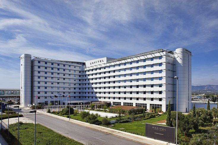 To Sofitel Athens Airport αποσπά τη διάκριση Guest Review Award 2015  από το Booking.com