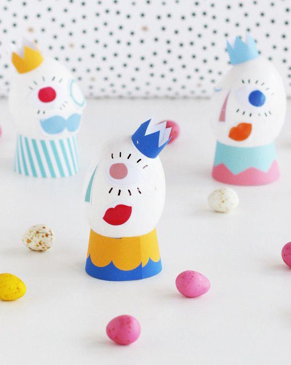 Silly Face Easter Eggs http://asubtlerevelry.com/silly-face-easter-eggs
