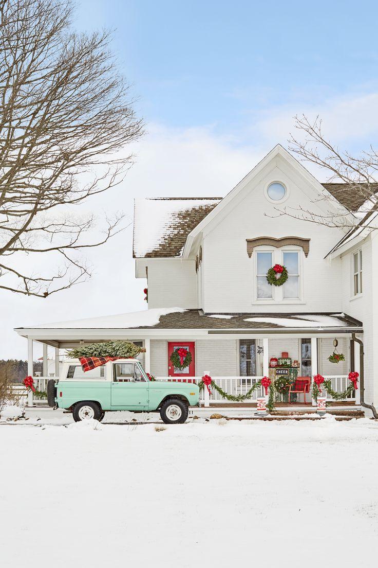 Gorgeous winter white farmhouse with holiday decor