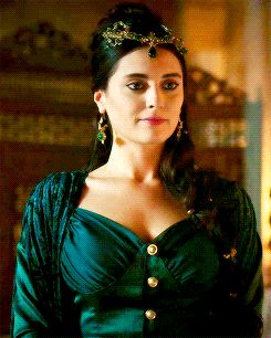 turhan-hatice: ♕  every halime sultan moment ... - Magnificent Wardrobe