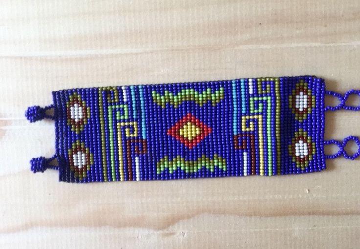 Bracelet handmade/ pulseras boho folk hippie / brazalete hecho a mano con chaquira estilo chiapaneco de Amatzolli en Etsy