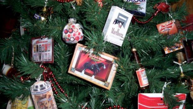 Alberi di Natale e decorazioni natalizie: idee ruspanti di riciclo creativo