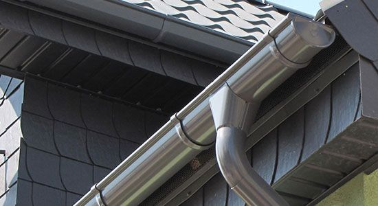 Aluminum rain gutters last longer than steel ones despite the fact that they are not as strong. Description from minimalisti.com. I searched for this on bing.com/images