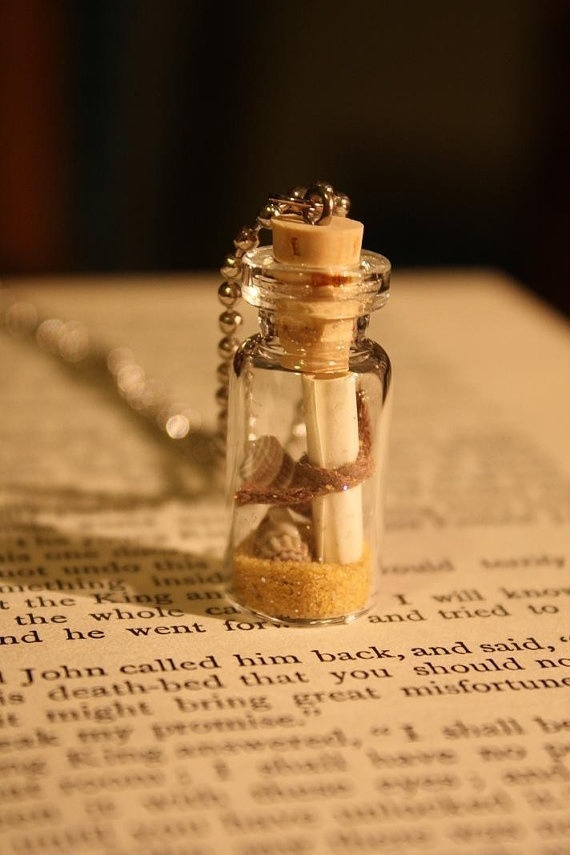 beach inspired message in a bottle necklace Find beach bottles, mini glass bottles, beach glass. charms, pearls & chains at www.eCrafty.com #ecrafty #beachbottlenecklace #diycrafts