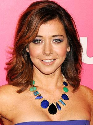 Google Image Result for http://img2.timeinc.net/people/i/2011/stylewatch/blog/110516/alyson-hannigan-300x400.jpg