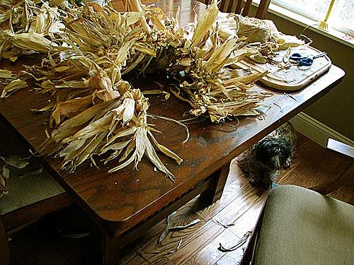 How to make a corn husk wreath.