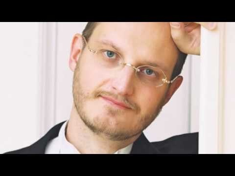 A Finnish tenor Christian Juslin perfoming Recondita armonia. #Tenor #Juslin #Recondita
