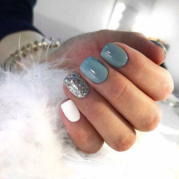 Trendnägel für den Winter; Nagel Designs; Winter Nägel; Helle Nägel; Nagelkunst; Nai …