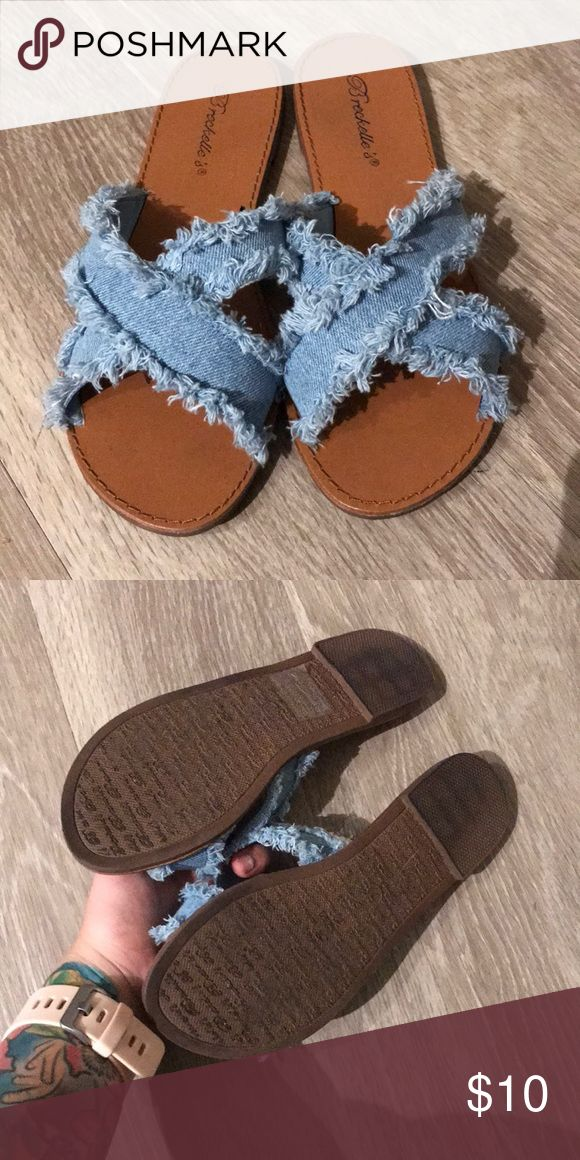 Jeans sandals✨ Super cute jean patterned sandals! Too big for me; Only worn once, so they're in great shape🤗 goes with so many different outfits! Tilly's Shoes Sandals