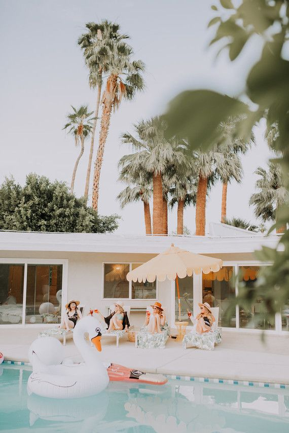 Tropical Bachelorette Party Ideas In Palm Springs Palm Springs