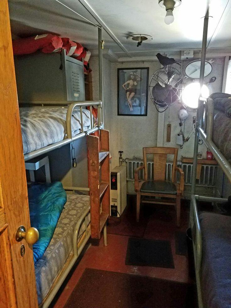 Cruise Ship Engine Room: 16 Best Scifi Crew Quarters Images On Pinterest