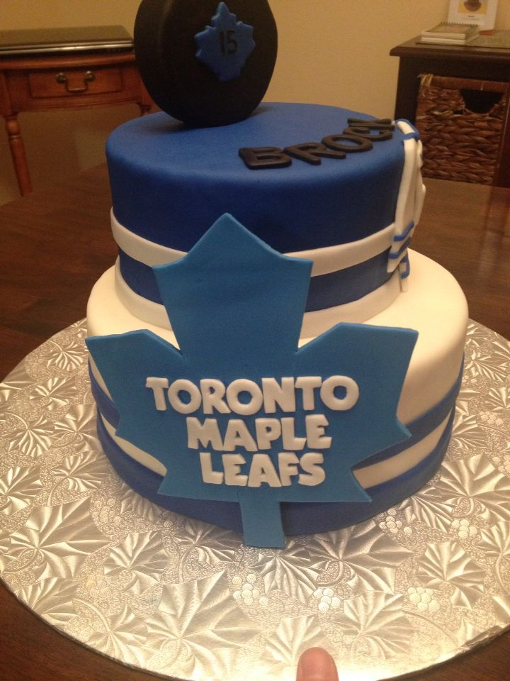 Toronto Maple Leafs cake- side view