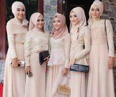 "3,252 Likes, 19 Comments - Muslim Wedding Ideas {105k) (@muslimweddingideas) on Instagram: ""On fleek 👸🌸 💟 Beautiful makeup by @niabeautymakeup from Indonesia 💞 . . . #pengantin…"""