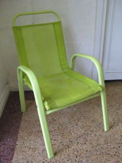 $20 KIDS Green OUTDOOR CHAIR Garden Play Seat Text 0411691171 or email info@bitspencer.com
